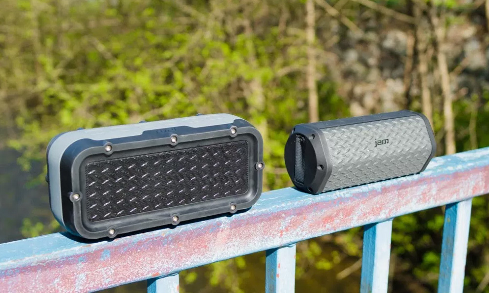 WATERPROOF SPEAKERS FOR THE GREAT OUTDOORS
